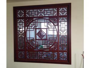 中式镂空雕花窗